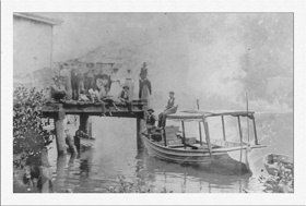 The old mailboat - Spencer c1918